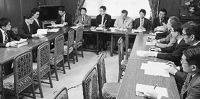 被害報告と対応確認/共産党議員団の地震対策本部