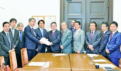 震災復興 全額国庫で/熊本の4党 特措法求め国会要請