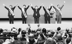 総選挙・都議選勝利で暴走政治に幕引こう/神奈川・大和 小池書記局長が訴え