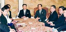柳瀬氏喚問 自公が拒否/6野党、「ゼロ回答」批判、結束確認