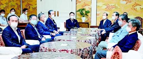 臨時国会開き議論を 与野党書記局長・幹事長会談で野党側