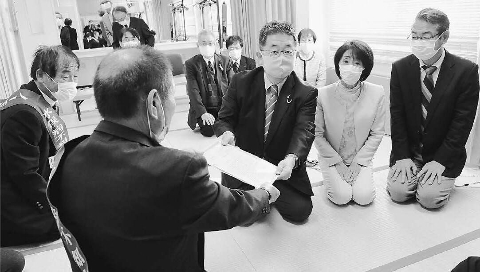 水俣病被害者 救済訴え 熊本 小池氏「全面解決早く」