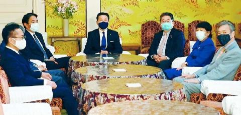 武田総務相に不信任決議案 野党4党が衆院提出 信頼失墜の責任重い
