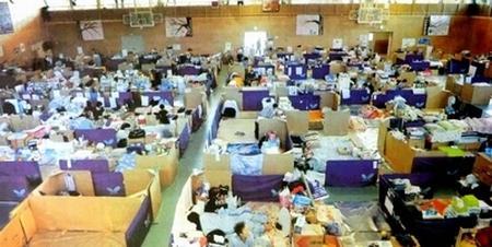 写真:東日本大震災のときの避難所の様子