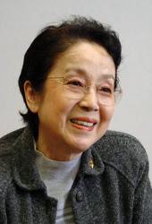 俳優・奈良岡朋子さん