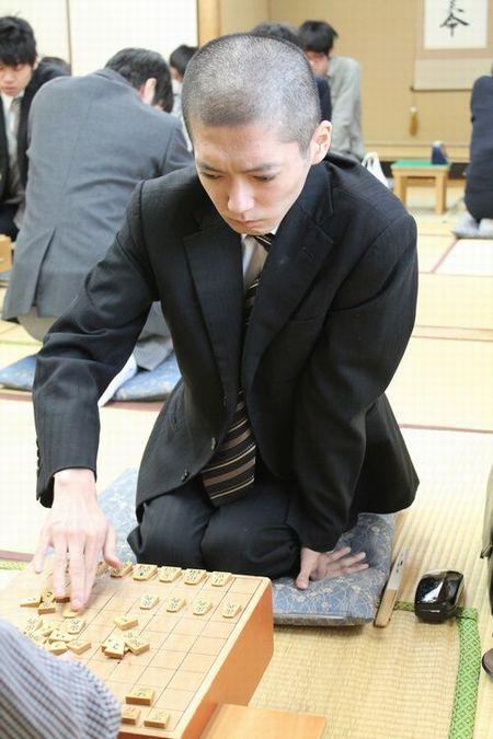 三段リーグ編入試験天野貴元.JPG