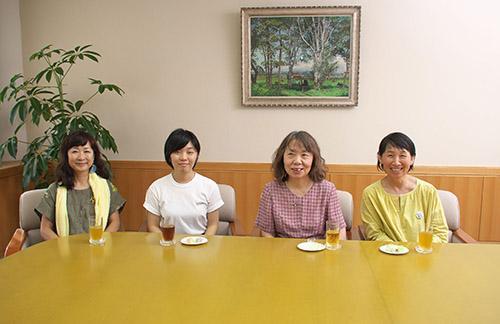 「女性のひろば」須藤道子、横山由美子、玉﨑洋子、岡田はるか